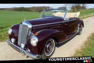 Mercedes-Benz 220 Convertible